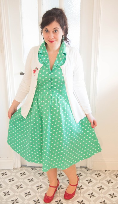 Matilda-Green-Heart-Print-Shirt-Dress-lindy-bop-robe-verte-coeur