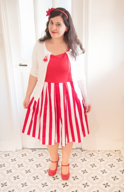 bette-red-stripe-swing-dress-lindy-bop-robe-noel-christmas