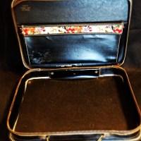 Ebay Auction: A Gorgeous Savoy Strata Case