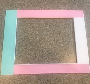 How to Decorate a Picture Frame