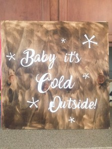 How to Make a Holiday Sign with a Cricut
