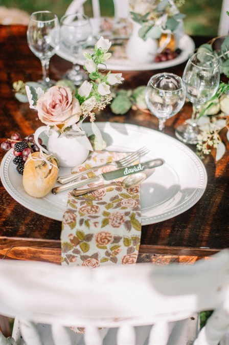 Photography by Sarah Houston Photography Venue at The Estate at White Hall Floral Design by Love Blooms Rentals by Darling D's Events Design and Planning by Bella Giornata Events