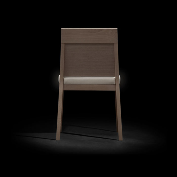 dom 110 Chair
