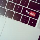 YouTubeのコメントで太文字や斜体、取り消し線にする方法