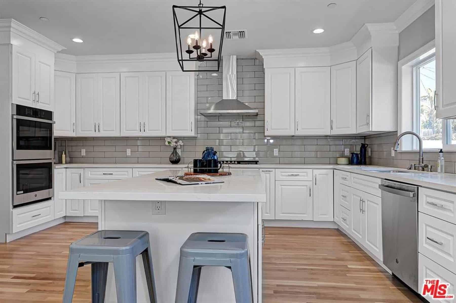 White On White Kitchen Ideas Novocom Top
