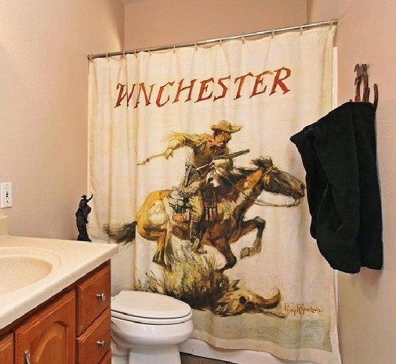 Using Western Shower Curtains To Bring Old Style Bathroom