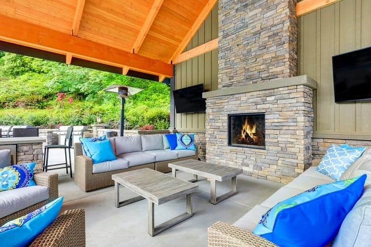 How To Build An Outdoor Fireplace With Cinder Blocks [Step ... on Outdoor Fireplace With Cinder Blocks id=80630