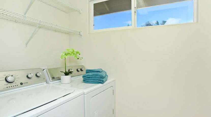 laundry room_1