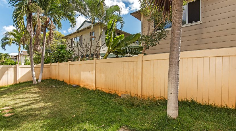Fenced yard -CB