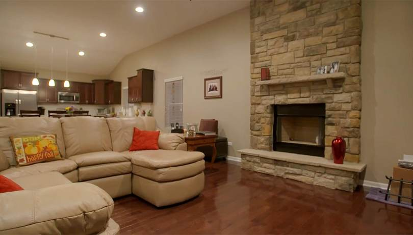new-home-for-sale-joliet-IL-fireplace