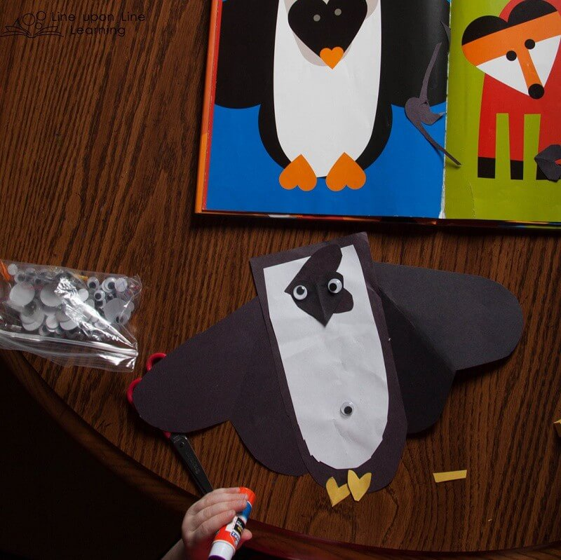 We worked on making heart animals, just as the picture book's illustrator did. For some reason, Strawberry wanted her penguin to have a googly eye belly button!