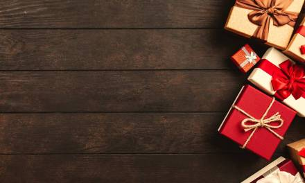 6 Christmas Shopping Tips