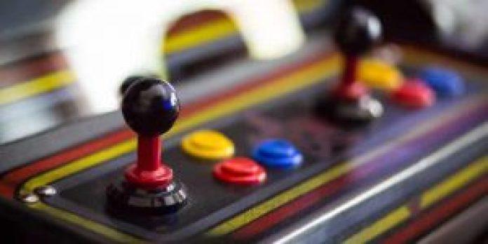 retro arcade home game room