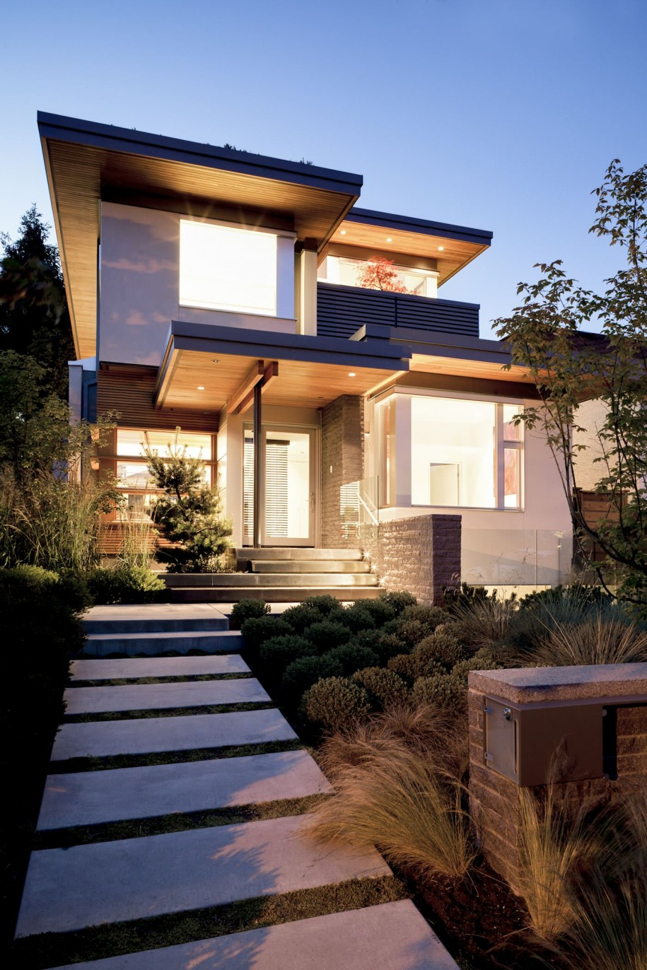 Creating an Enchanting Front Entry with Architectural ...