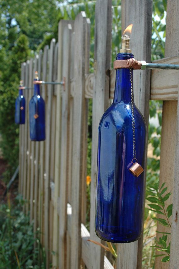 Outdoor Fence Decorations Ideas - HomesFeed on Backyard Wall Decor Ideas  id=86566