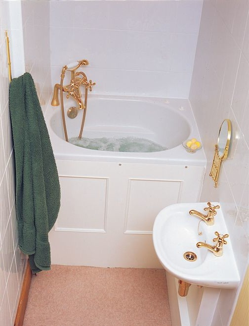 Soaking Tubs for Small Bathrooms - HomesFeed on Small Space Small Bathroom Ideas With Tub And Shower id=61826