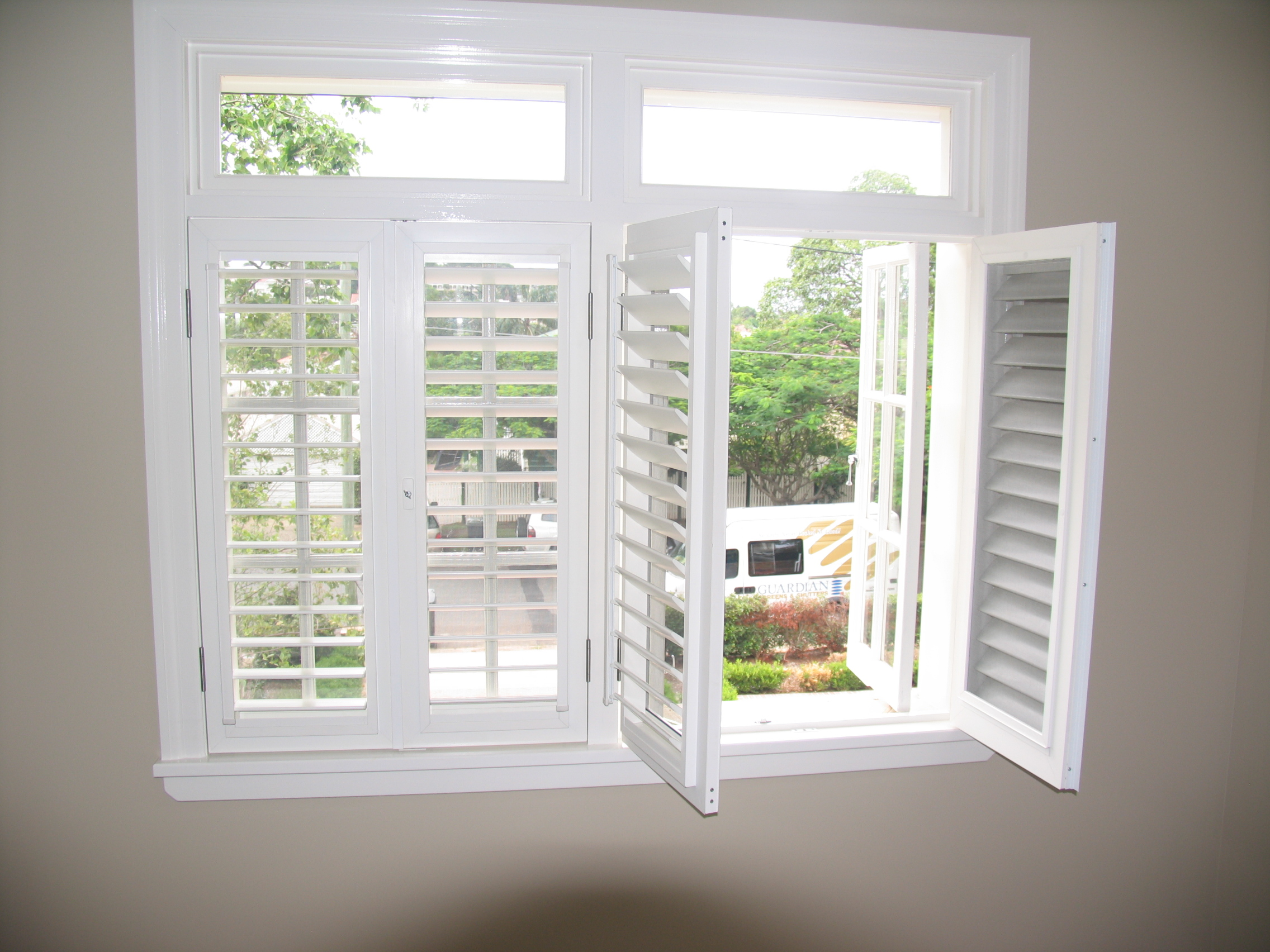 The Guide How To Calculate The Plantation Shutters Cost
