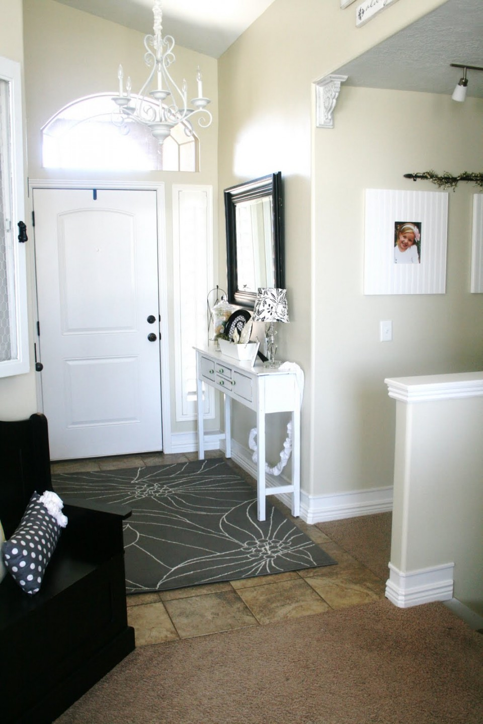 Grab Welcoming And Sophisticated Ambiances In Your Entry