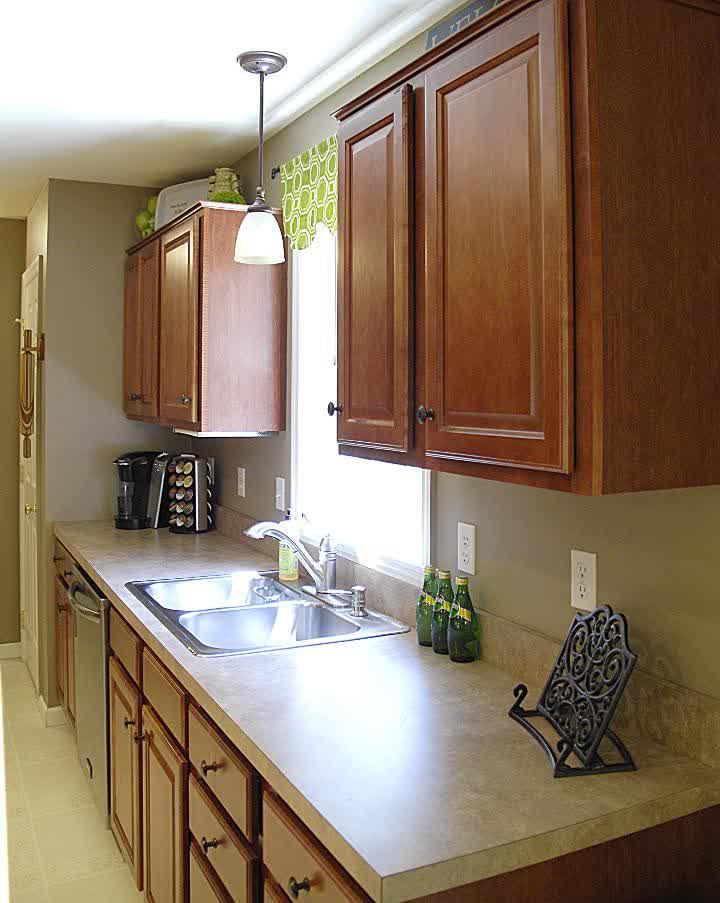 Over Kitchen Sink Lighting Ideas - HomesFeed on Kitchen Sink Ideas  id=36815