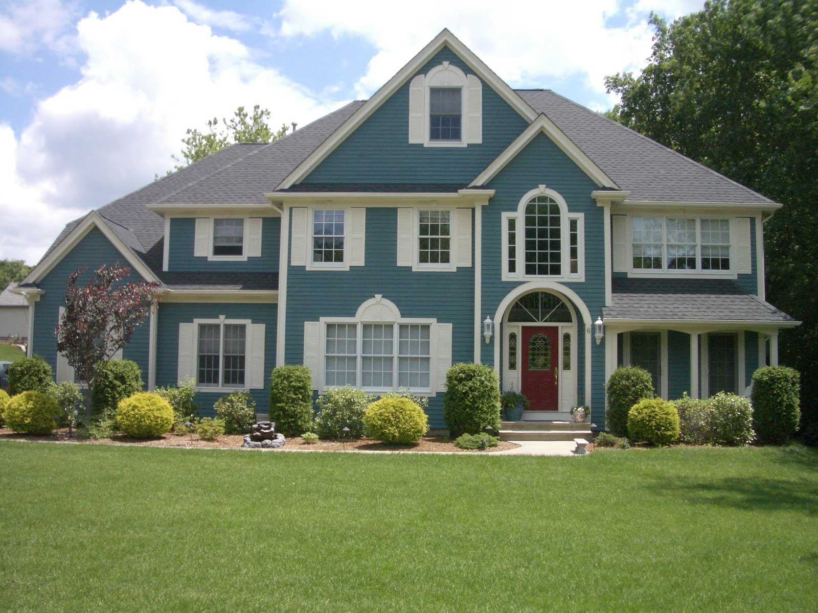 Most Popular Exterior House Colors - HomesFeed on Modern House Painting Ideas  id=59786