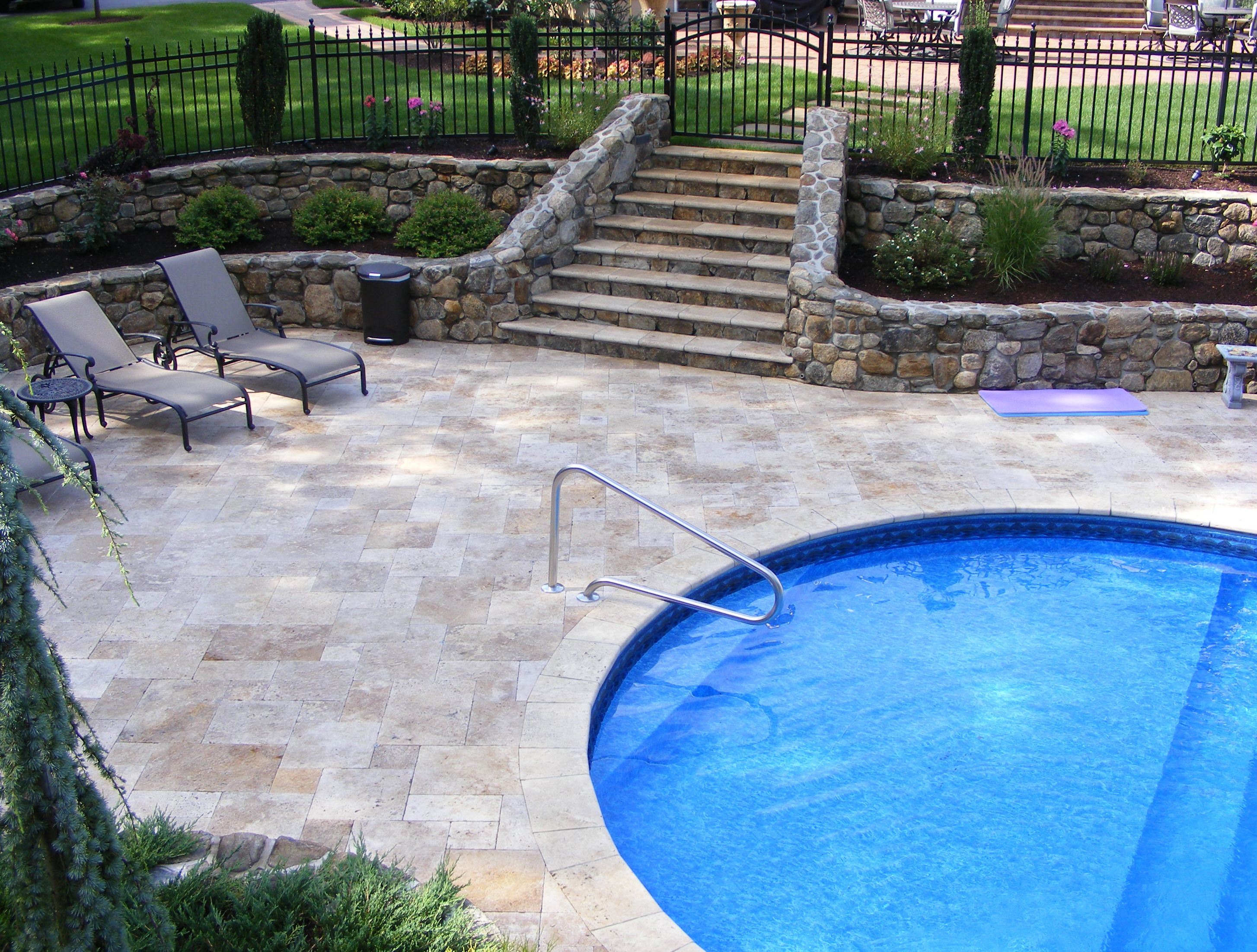 Falling in Love with Travertine Pavers Pool Deck - HomesFeed on Pool Deck Patio Ideas  id=56331