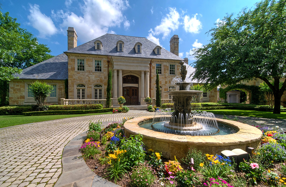 Front Yard Fountain Takes the Best Water Feature for ... on Mansion Backyard Ideas id=24564