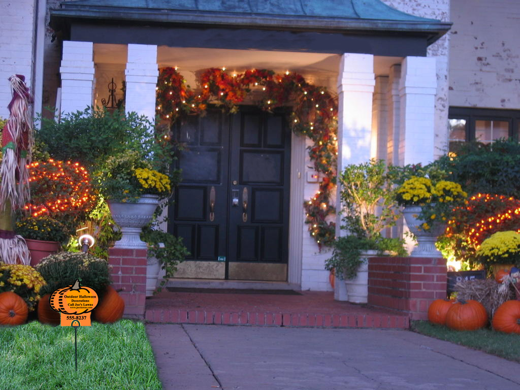 Outdoor Thanksgiving Decoration Ideas that You Must Know ... on Lawn Decorating Ideas id=35479