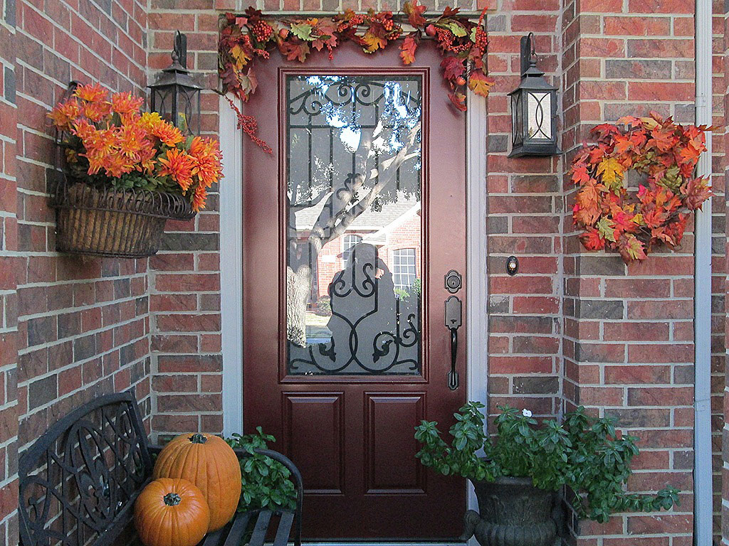 Outdoor Thanksgiving Decoration Ideas that You Must Know ... on Backyard Wall Decor Ideas  id=60031