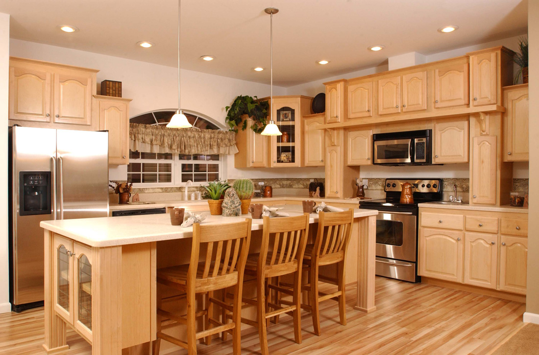 Kitchen Cabinets Clearance - HomesFeed on Maple Cabinet Kitchen Ideas  id=38364