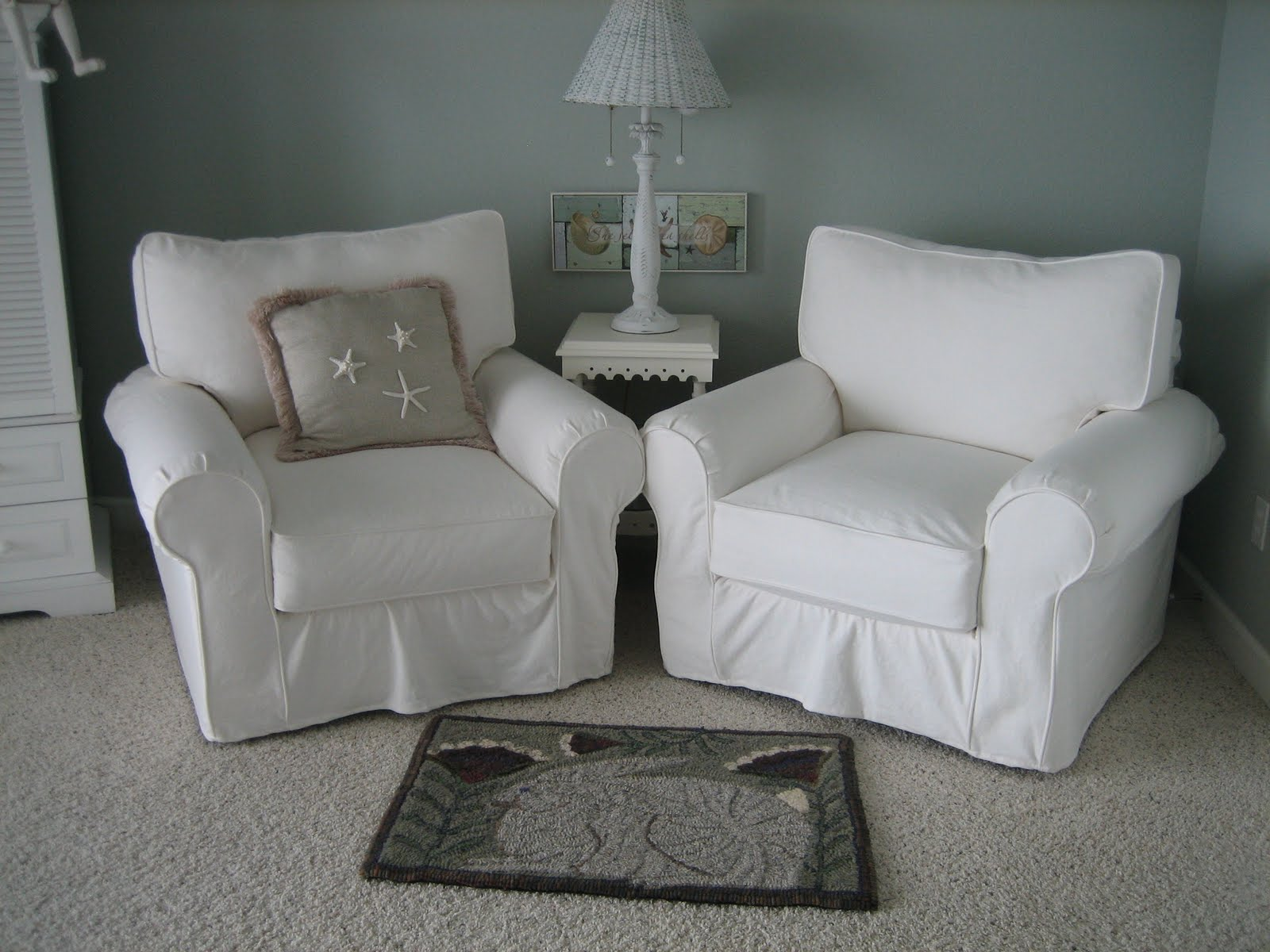 Comfy Chairs for Your Bedroom - HomesFeed on Comfy Bedroom  id=98937