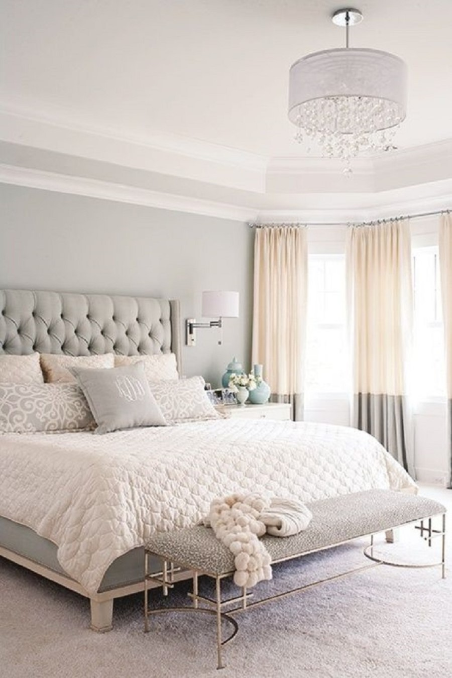 Best Paint Colors for Small Room - Some Tips - HomesFeed on Good Bedroom Ideas For Small Rooms  id=33407