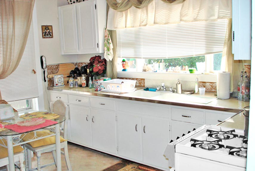 Kitchen Makeovers on A Budget - HomesFeed on Small:xmqi70Klvwi= Kitchen Remodel Ideas  id=41767
