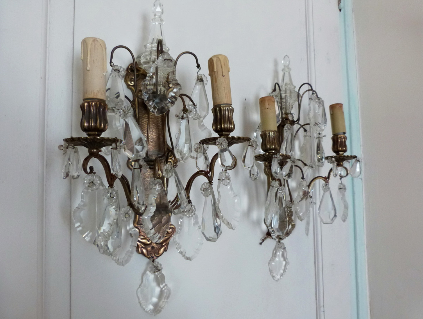 Battery Operated Sconce - HomesFeed on Battery Powered Wall Sconces id=53266
