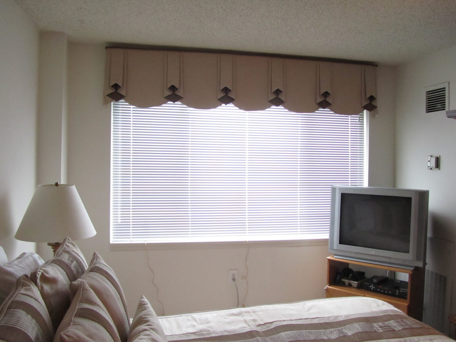 Contemporary Window Valances