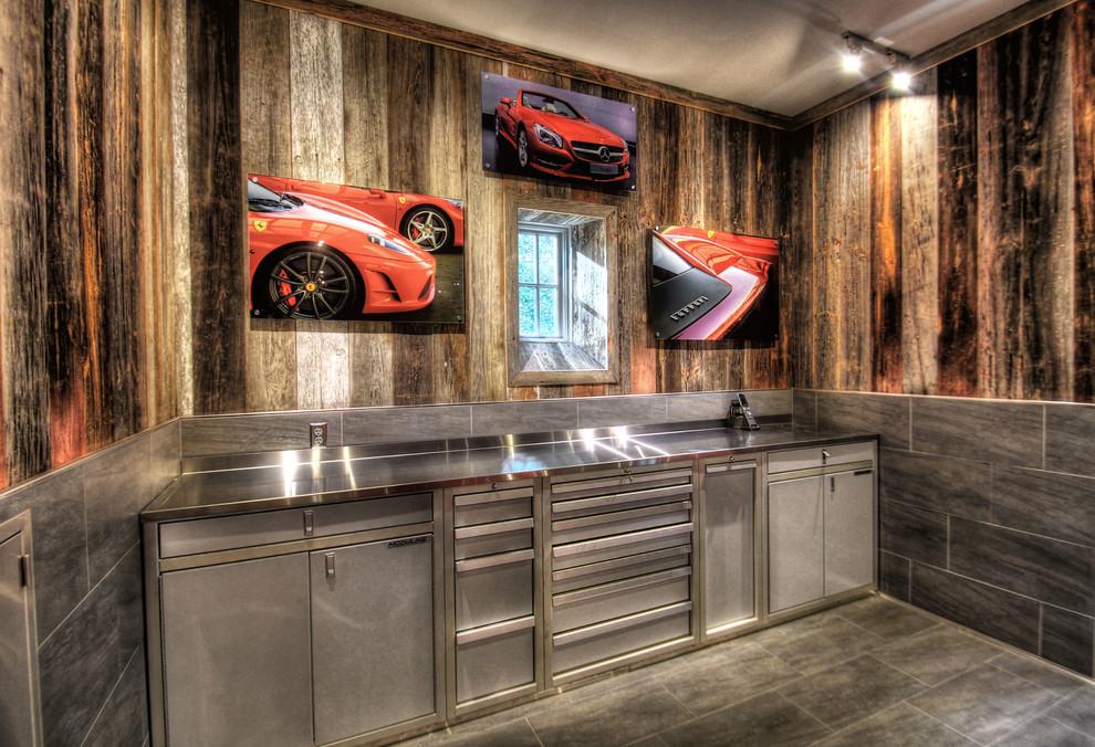Best Garage Finishing Ideas - HomesFeed on Garage Decorating Ideas  id=98561