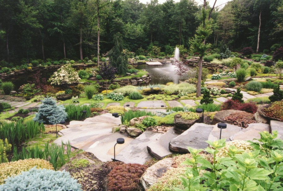 Natural Large Rocks For Landscaping - HomesFeed on Rocks For Backyard  id=71426
