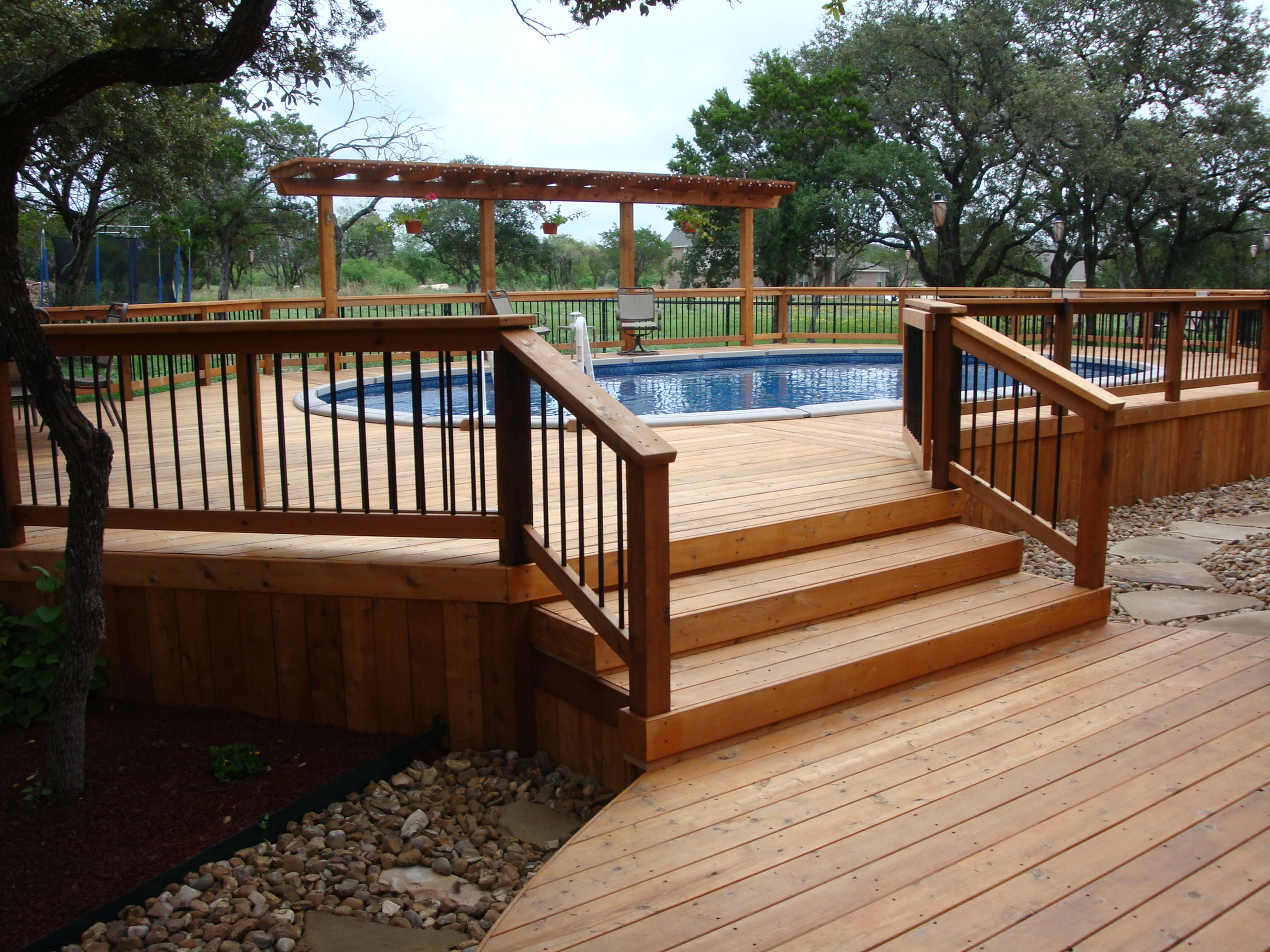 Awesome Home Deck Designs | HomesFeed on Pool Deck Patio Ideas  id=66367