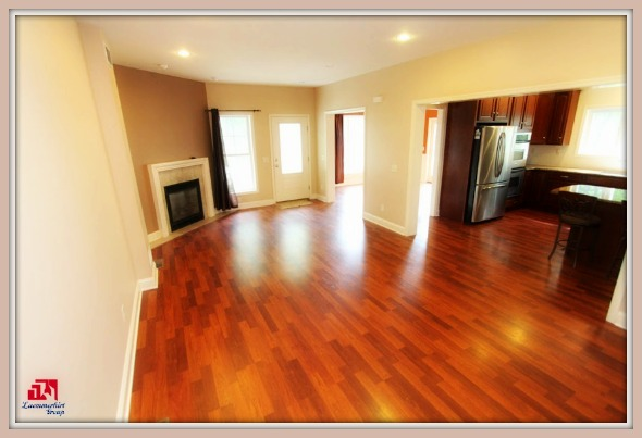 This Bridgewater CT home has a great room and a dining area that are perfect for any gatherings.