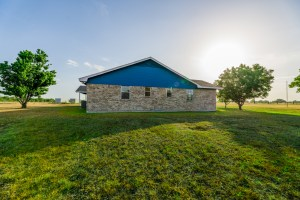5 Acre, 4 Bed, 3 Bath in Waco for $247k