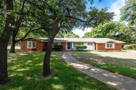 Magnolia Realty Home in Woodway TX