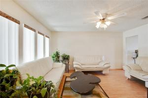 Ranch Home For Sale in Waco Texas