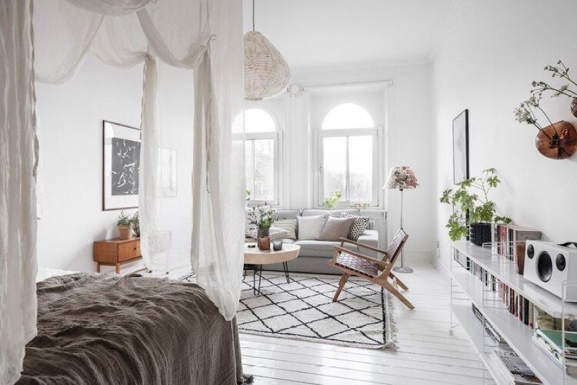 A Bed In A Studio Apartment? Here's How To Make It Look Nice