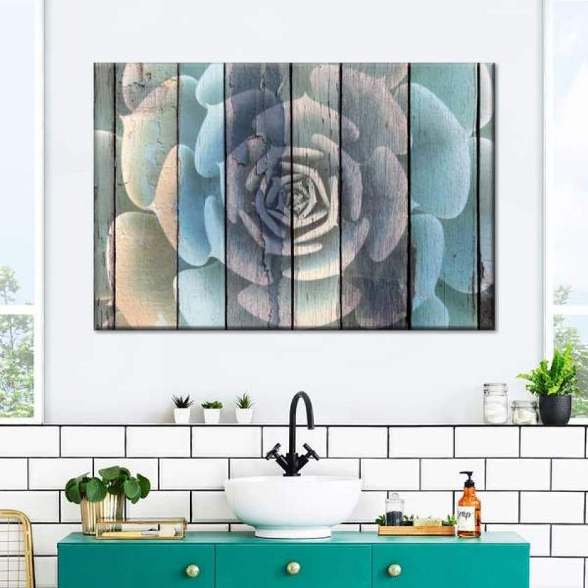 How To Use Wall Art In The Bathroom For A Stunning Display