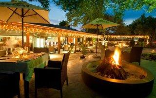 THE HAT & CREEK - Hoedspruit Restaurant - South Africa
