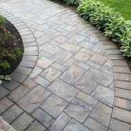 Affordable front yard walkway landscaping ideas (16)