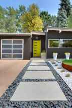 Affordable front yard walkway landscaping ideas (40)
