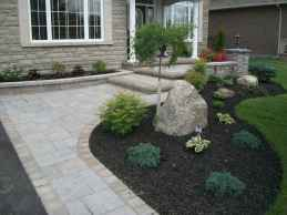 Affordable front yard walkway landscaping ideas (62)