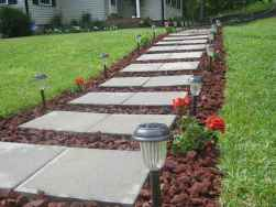 Affordable front yard walkway landscaping ideas (69)