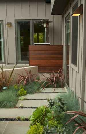 Affordable front yard walkway landscaping ideas (74)