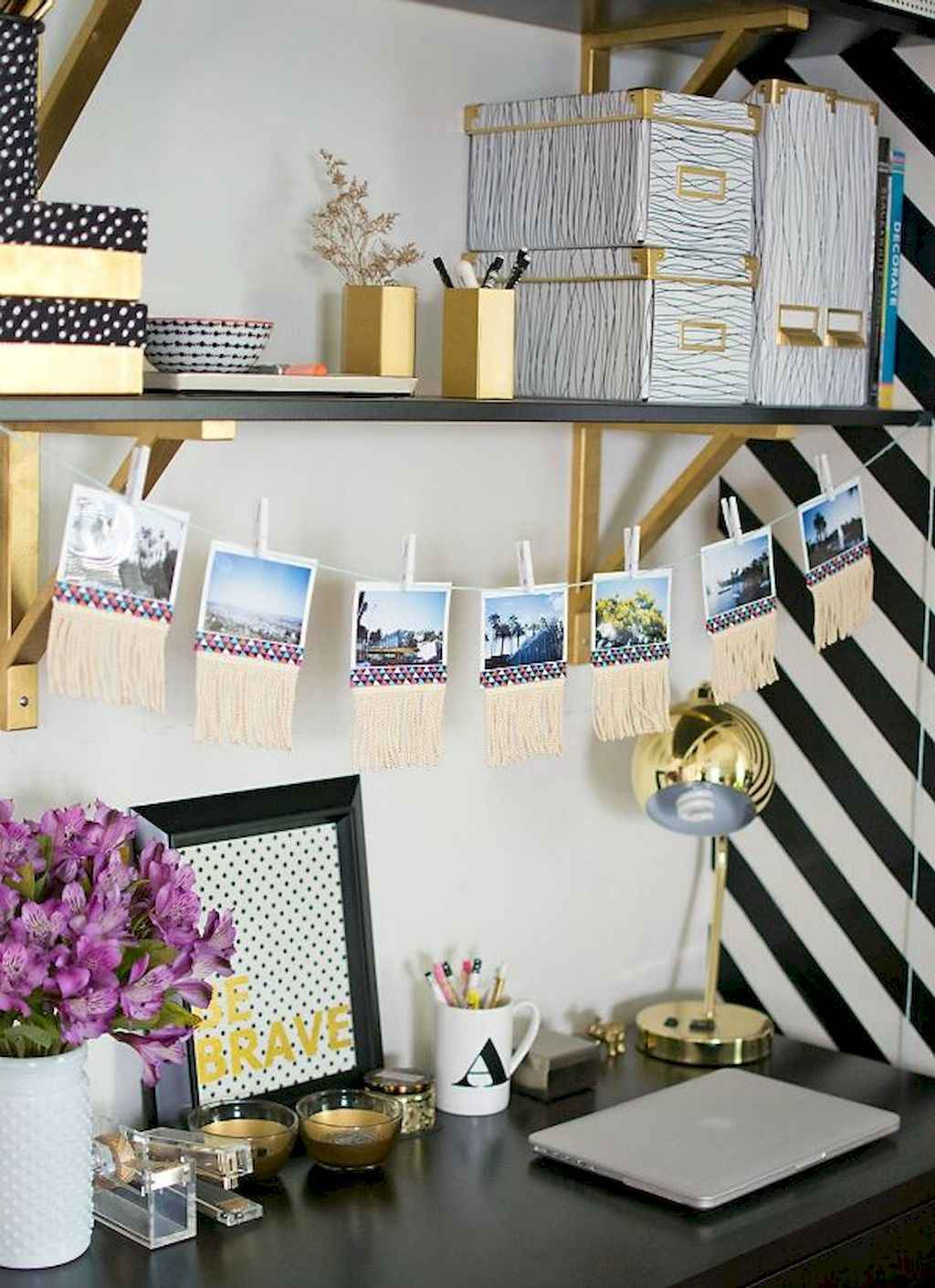 Cute diy dorm room decorating ideas on a budget (38)
